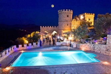 Castle near Rome for civil wedding