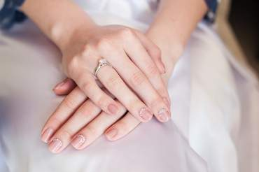 Manicure for the bride