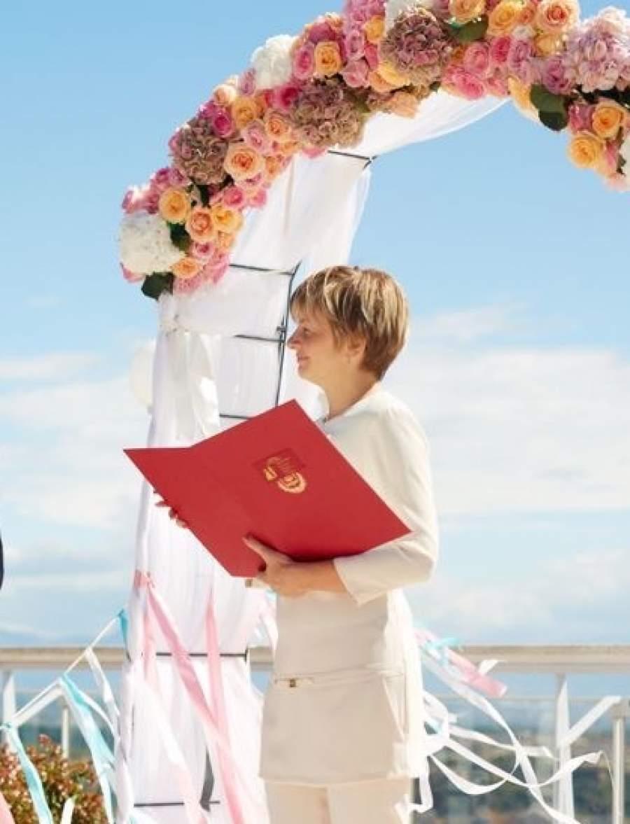Wedding planner wedding coordinator niki wedding wedding planner wedding coordinator junglespirit Image collections