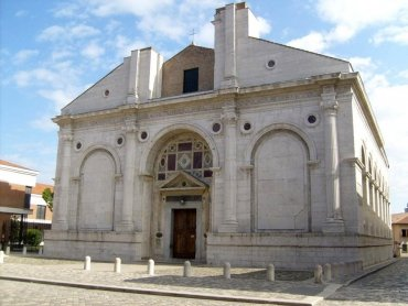 Churches in Rimini